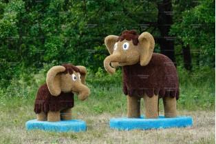 Топиари композиция мамонты - газон Eco